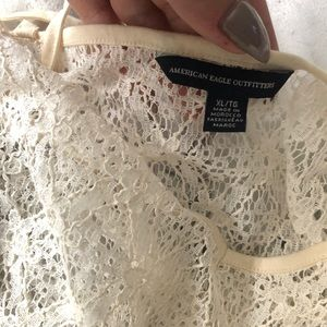 American Eagle Outfitters Tops - Lace tank crop top